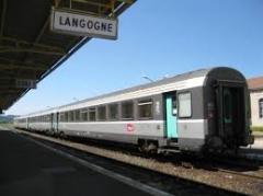 Train en gare de Langogne, massifcentralferroviaire.com