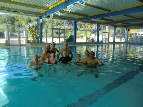APF 30, Piscine, maître nageur, petite annonce